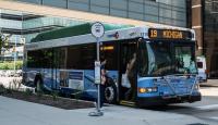 Bus1115.thumb.jpg.9ae3bac1968fbd0e8bc5c28d1b2e165f.jpg