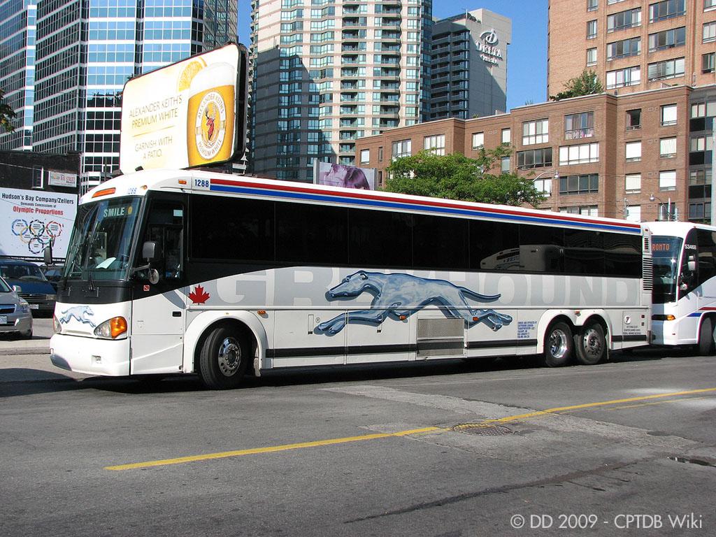 Greyhound_Canada_1288-a.jpg