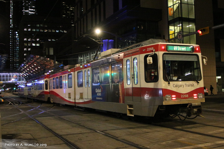 Calgary_Transit_2268-a.jpg