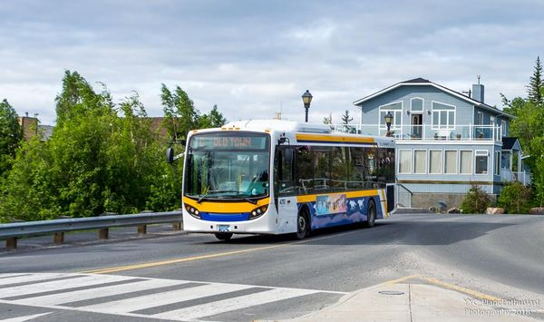 Yellowknife Transit 4751-a.jpg